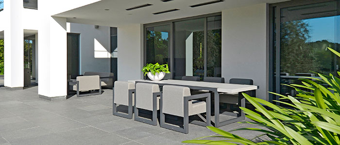 2017-Borek-alu-outdoor-fabric-Bergen-chair-and-table Aluminium & RVS