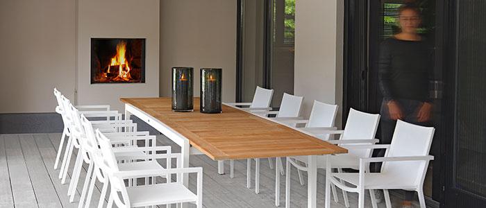 2016-Borek-Aluminium-Coria-chair-coated-stainless-steel-Elx-extending-table-white Coria