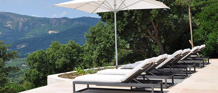 2016-Borek-aluminium-parasol-Reflex-Calcara-lounger Calcara