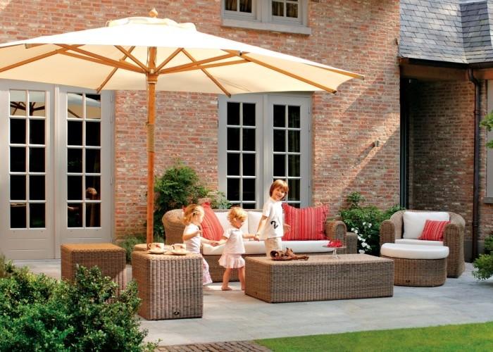 Borek-fibre-Bali-lounge-St-tropez-parasol_preview1-700x500 St. Tropez