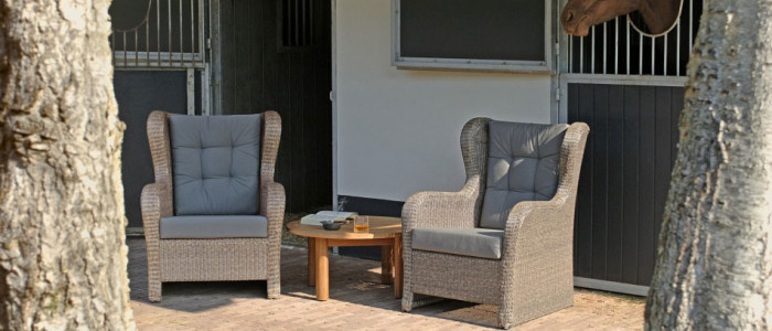 Borek-fibre-Hampton-lounge-chair_preview1-700x300 Hampton