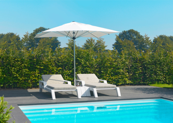 Borek-Parasols-Aluminium-Reflex-Viking-lounger-and-side-table_preview-e1452613334609-700x500 Reflex