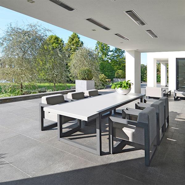 2017-Borek-alu-outdoor-fabric-Bergen-dining-chair-alu-Bergen-table Remy Meijers